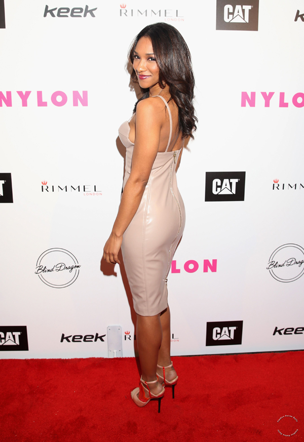 Candice Patton sexiest pictures from her hottest photo shoots. (25)