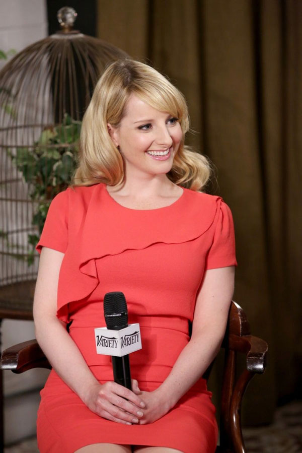 Melissa Rauch sexiest pictures from her hottest photo shoots. (11)