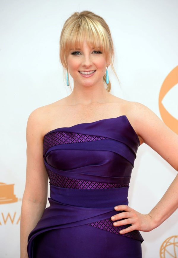 Melissa Rauch sexiest pictures from her hottest photo shoots. (3)