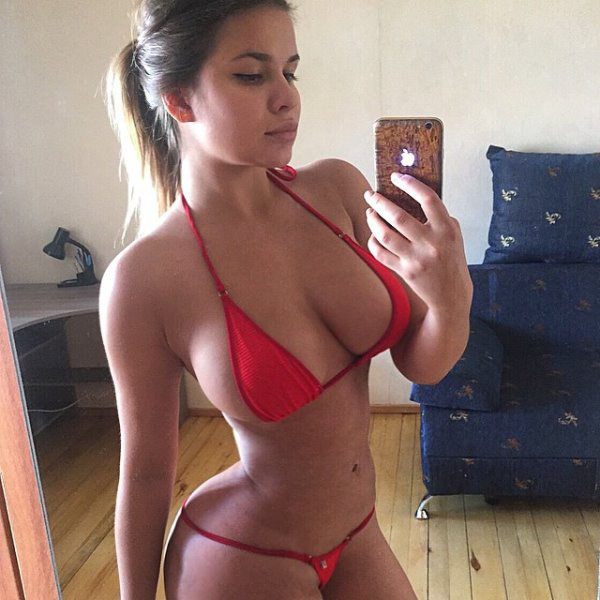 Anastasia Kvitko sexiest pictures from her hottest photo shoots. (58)