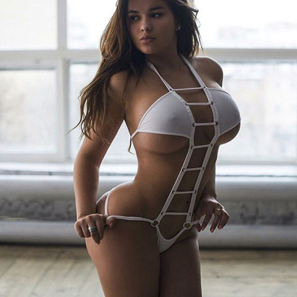 Anastasia Kvitko sexiest pictures from her hottest photo shoots. (55)