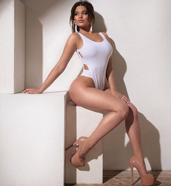 Anastasia Kvitko sexiest pictures from her hottest photo shoots. (36)