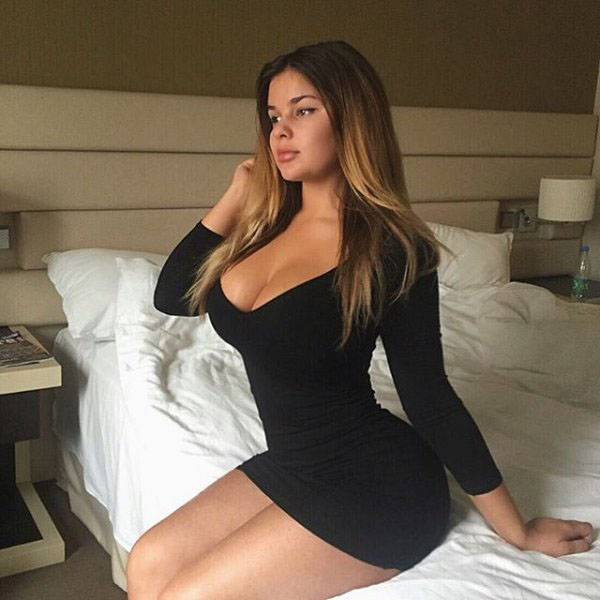 Anastasia Kvitko sexiest pictures from her hottest photo shoots. (8)