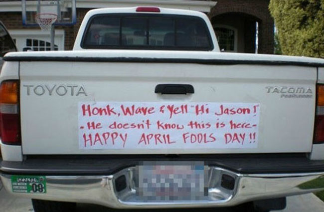 Best April Fools' Pranks pranks with descriptions. (16)