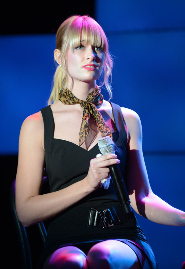 Beth Behrs sexiest pictures from her hottest photo shoots. (9)