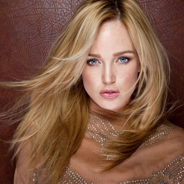 Caity Lotz sexiest pictures from her hottest photo shoots. (28)