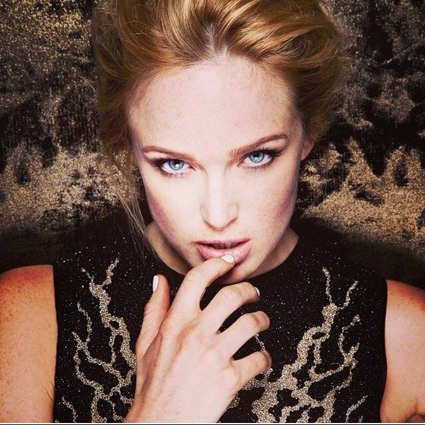 Caity Lotz sexiest pictures from her hottest photo shoots. (2)