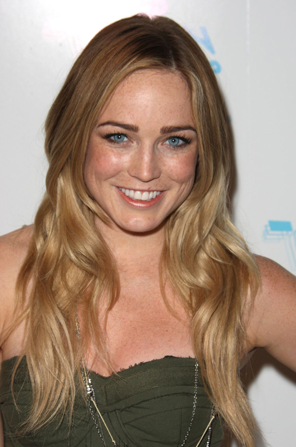 Caity Lotz sexiest pictures from her hottest photo shoots. (1)