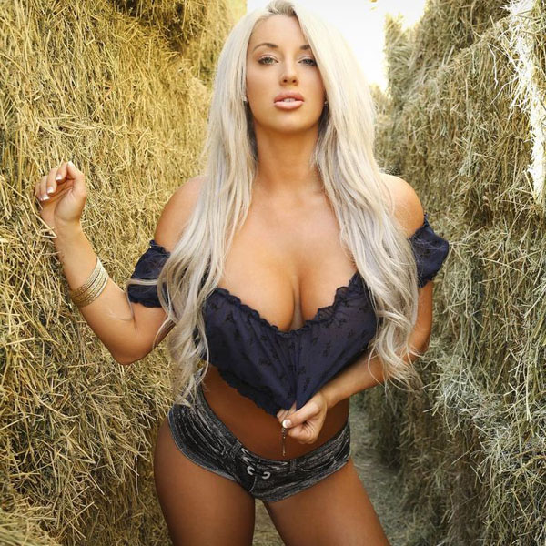 Laci Kay Somers sexiest pictures from her hottest photo shoots. (36)
