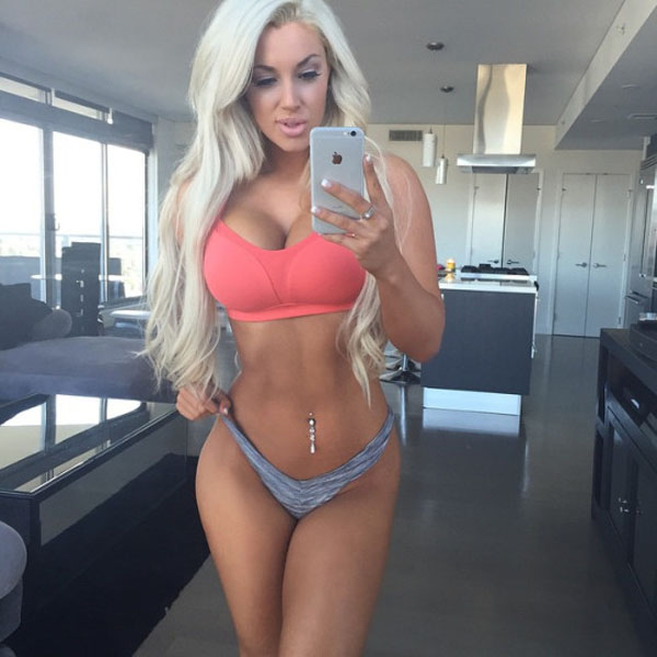 Laci Kay Somers sexiest pictures from her hottest photo shoots. (33)