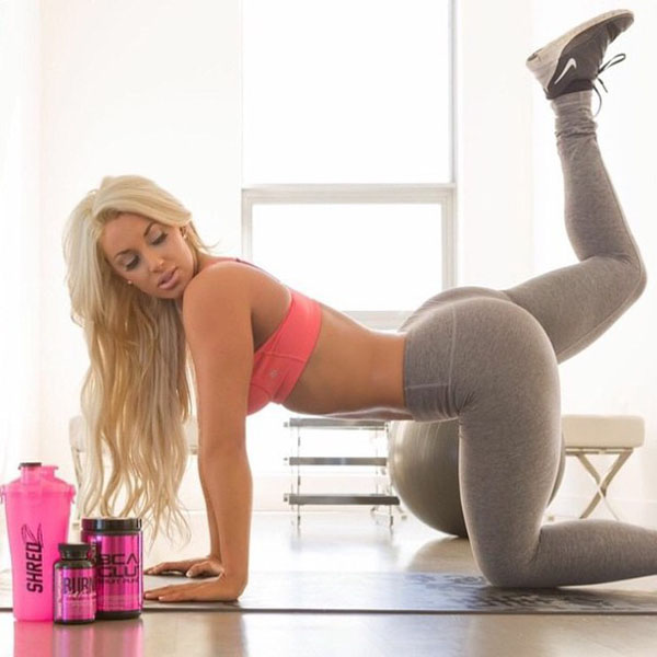Laci Kay Somers sexiest pictures from her hottest photo shoots. (3)