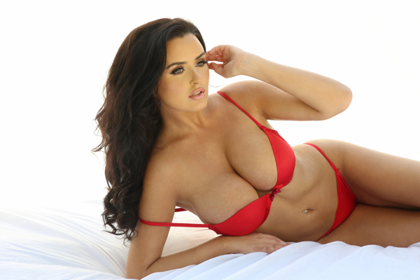 Abigail Ratchford sexiest pictures from her hottest photo shoots. (38)