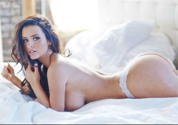 Abigail Ratchford sexiest pictures from her hottest photo shoots. (26)