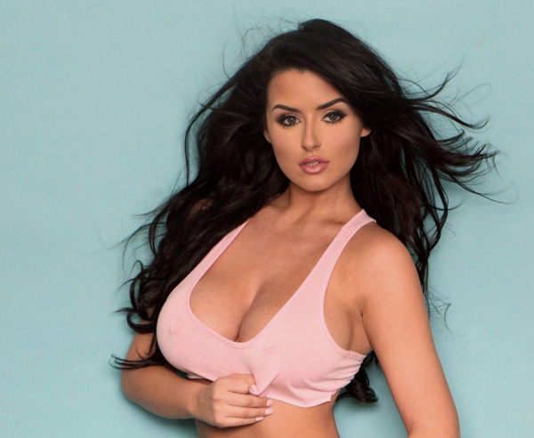 Abigail Ratchford sexiest pictures from her hottest photo shoots. (20)