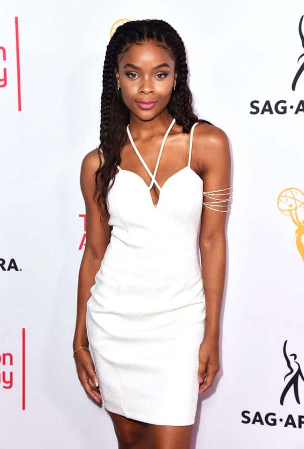 Ajiona Alexus sexiest pictures from her hottest photo shoots. (9)
