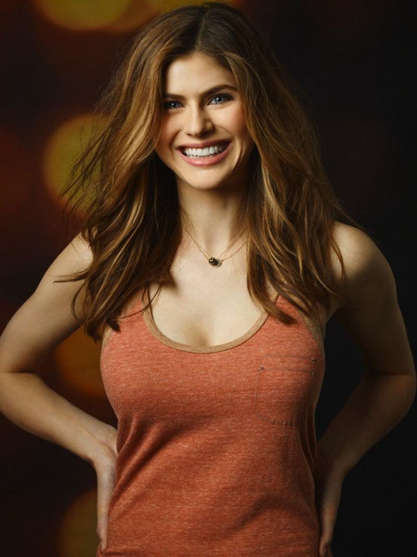 Alexandra Daddario sexiest pictures from her hottest photo shoots. (16)