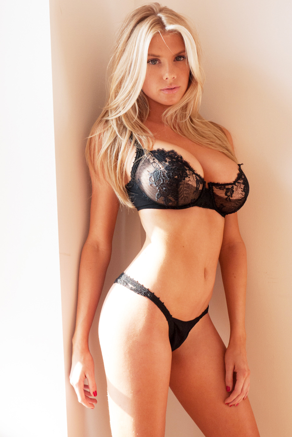 Charlotte McKinney sexiest pictures from her hottest photo shoots. (47)