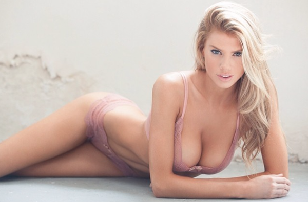 Charlotte McKinney sexiest pictures from her hottest photo shoots. (38)