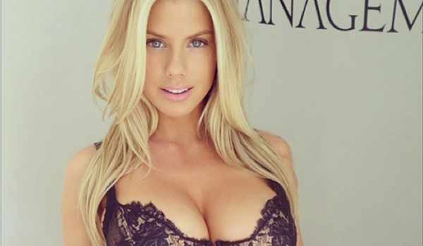 Charlotte McKinney sexiest pictures from her hottest photo shoots. (27)