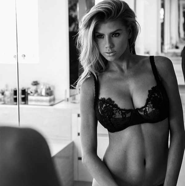 Charlotte McKinney sexiest pictures from her hottest photo shoots. (18)