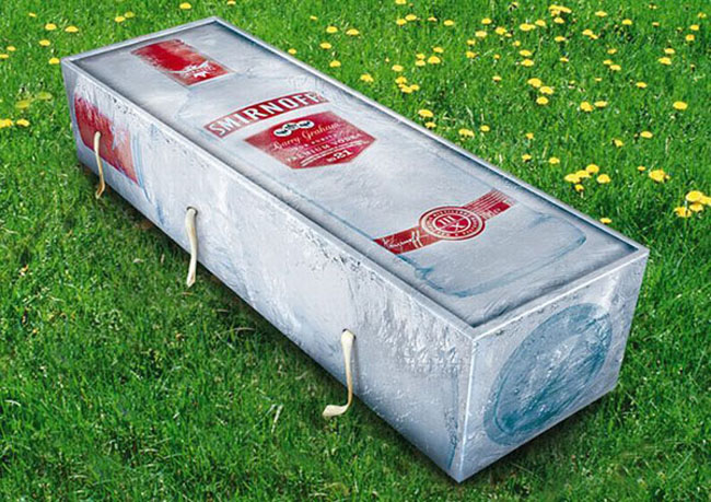 Funny coffin pictures. (17)