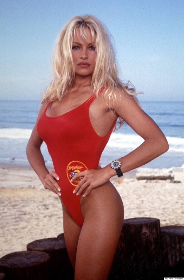 Pamela Anderson sexiest pictures from her hottest photo shoots. (39)