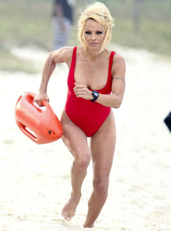 Pamela Anderson sexiest pictures from her hottest photo shoots. (38)