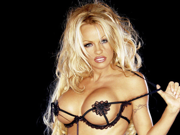 Pamela Anderson sexiest pictures from her hottest photo shoots. (34)