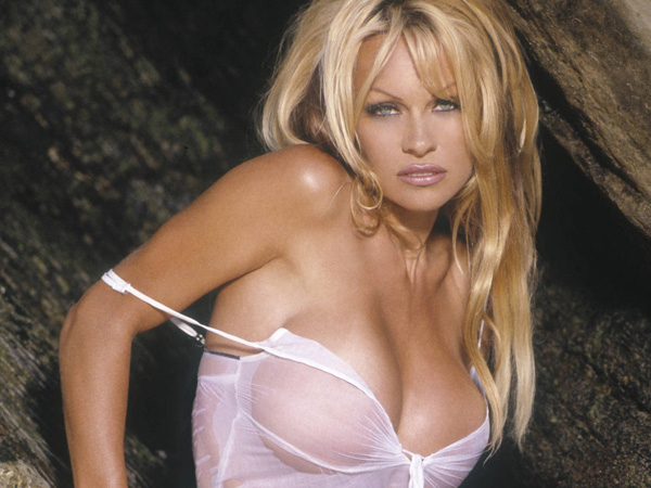 Pamela Anderson sexiest pictures from her hottest photo shoots. (29)