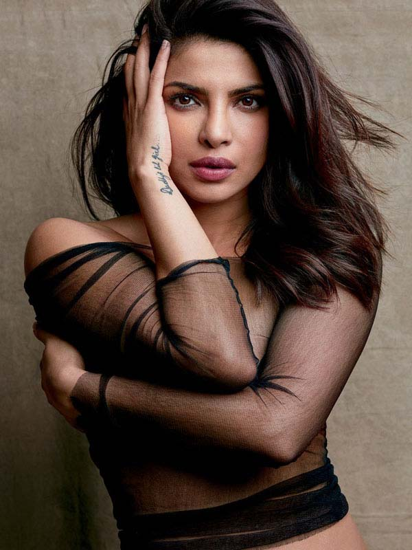 Priyanka Chopra sexiest pictures from her hottest photo shoots. (36)