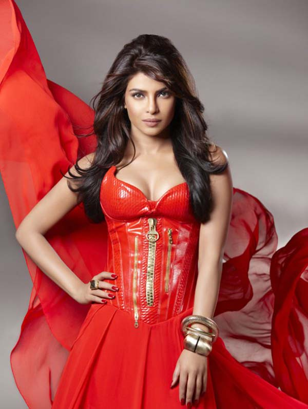 Priyanka Chopra sexiest pictures from her hottest photo shoots. (13)