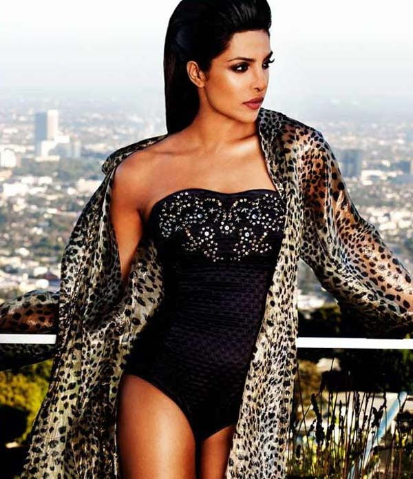 Priyanka Chopra sexiest pictures from her hottest photo shoots. (11)
