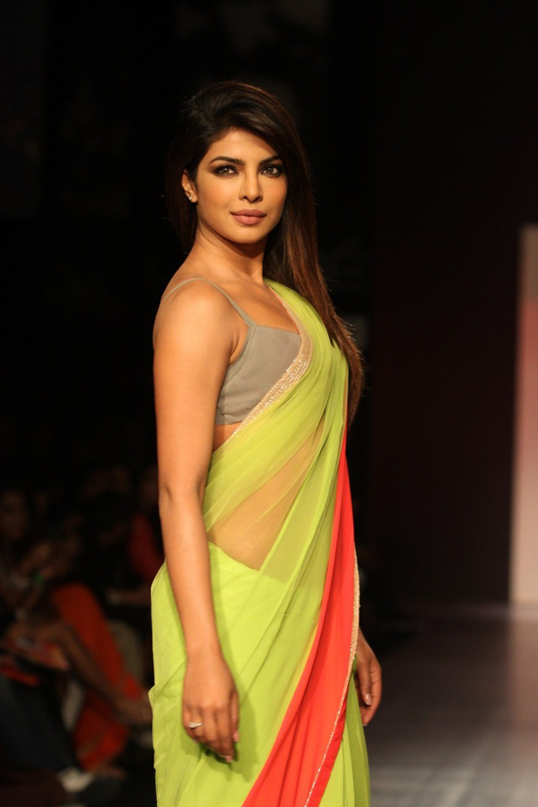 Priyanka Chopra sexiest pictures from her hottest photo shoots. (9)