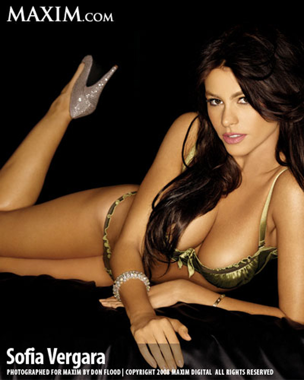 Sofía Vergara sexiest pictures from her hottest photo shoots. (13)