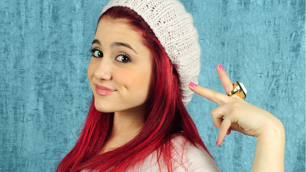 Ariana Grande sexiest pictures from her hottest photo shoots. (14)