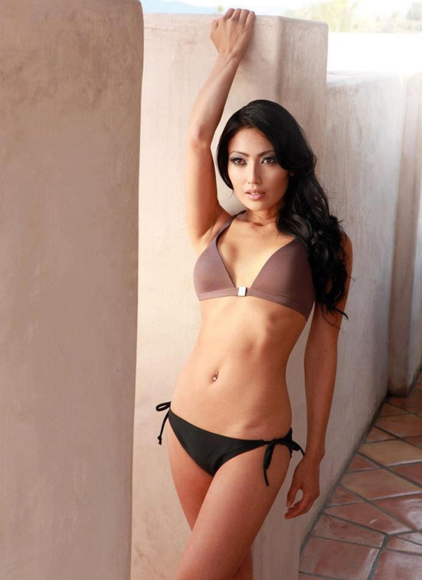 Chasty Ballesteros sexiest pictures from her hottest photo shoots. (20)