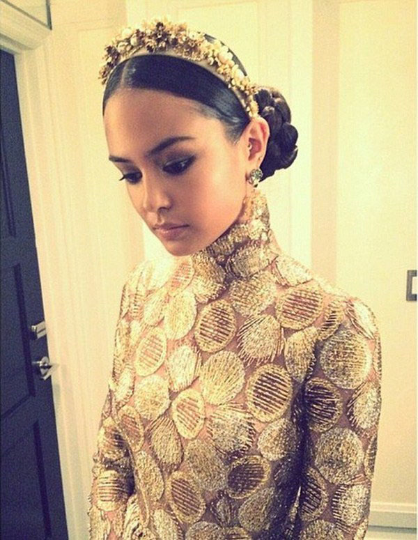 Courtney Eaton sexiest pictures from her hottest photo shoots. (3)