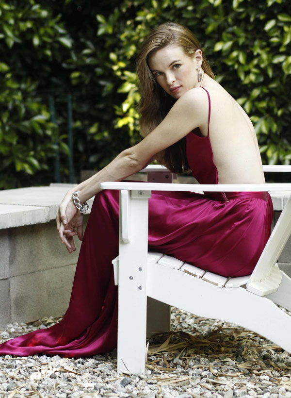 Danielle Panabaker sexiest pictures from her hottest photo shoots. (16)