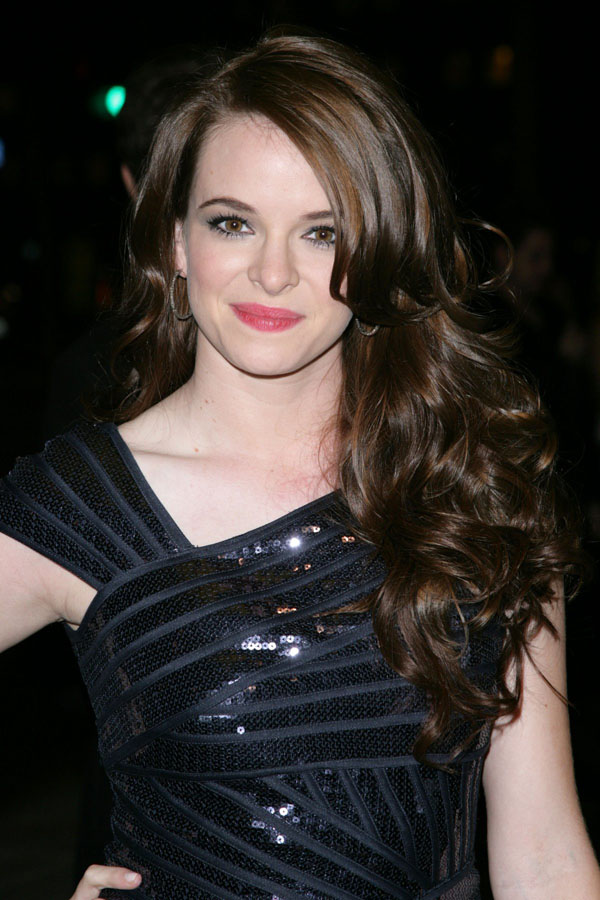 Danielle Panabaker sexiest pictures from her hottest photo shoots. (6)