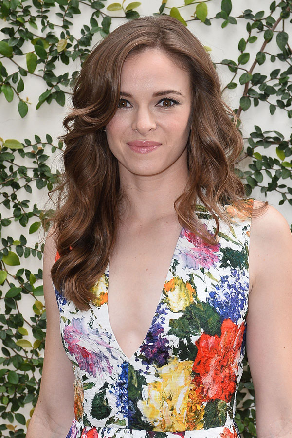 Danielle Panabaker sexiest pictures from her hottest photo shoots. (4)