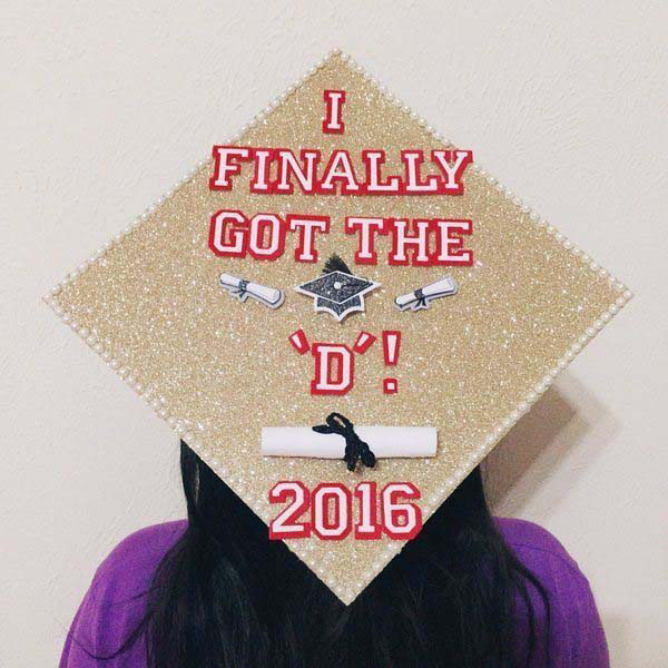 Pictures of Funny Graduation Caps. (32)