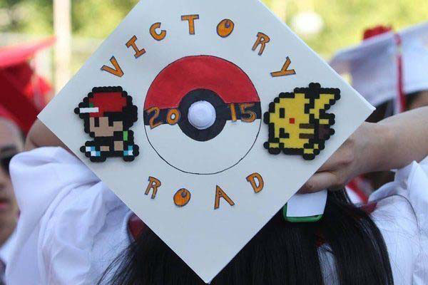 Pictures of Funny Graduation Caps. (29)