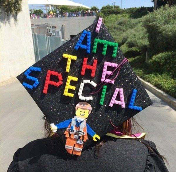 Pictures of Funny Graduation Caps. (19)