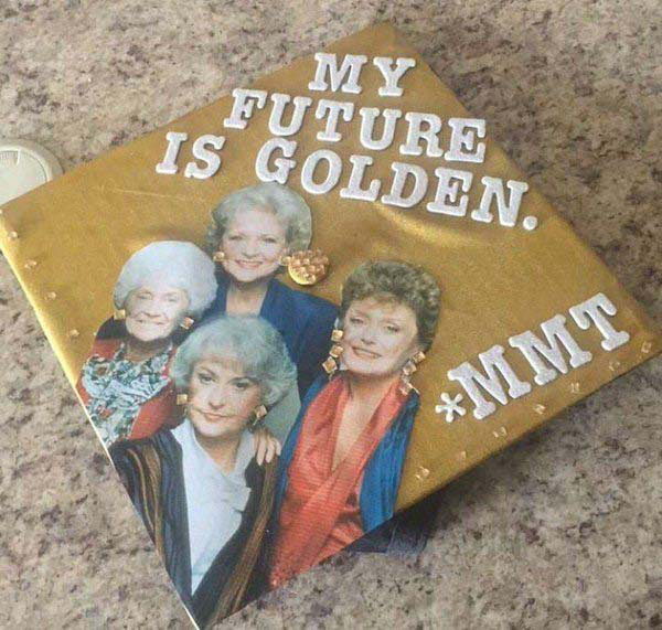Pictures of Funny Graduation Caps. (2)