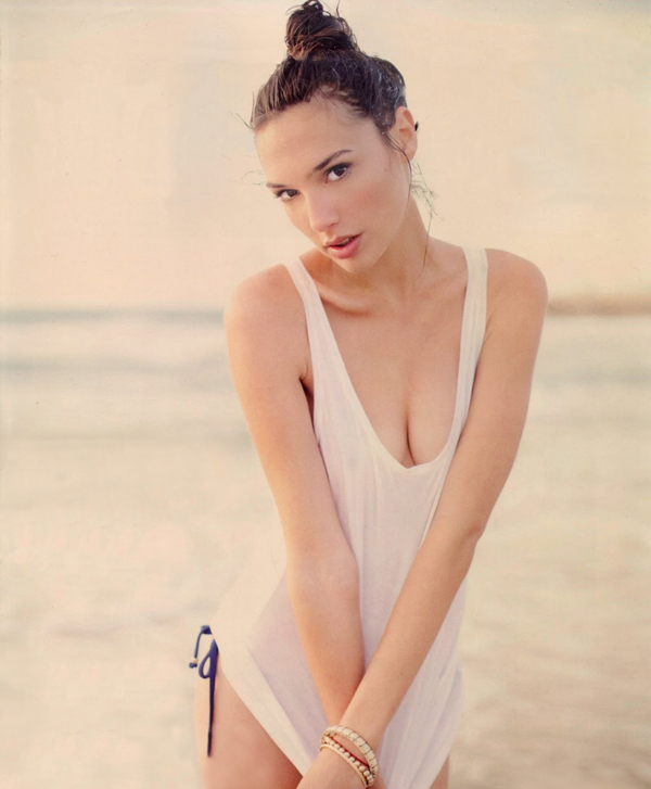 Gal Gadot sexiest pictures from her hottest photo shoots. (10)