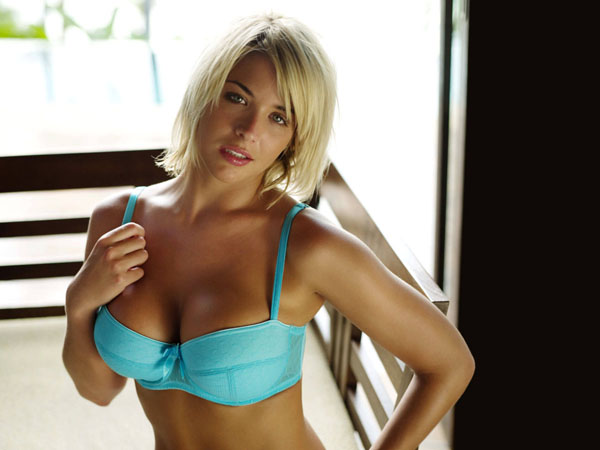 Gemma Atkinson sexiest pictures from her hottest photo shoots. (13)