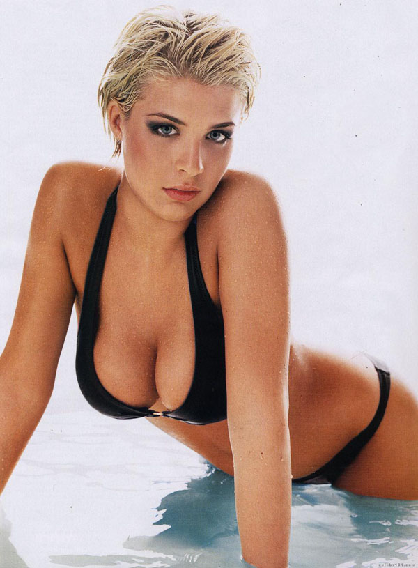 Gemma Atkinson sexiest pictures from her hottest photo shoots. (1)