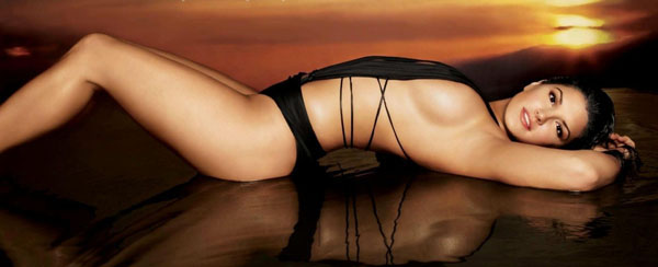 Gina Carano sexiest pictures from her hottest photo shoots. (35)