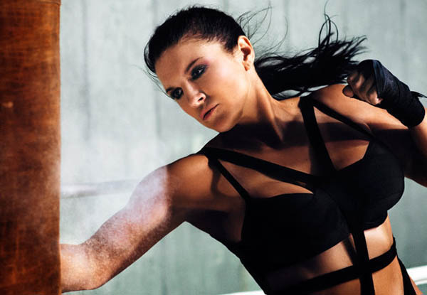 Gina Carano sexiest pictures from her hottest photo shoots. (28)