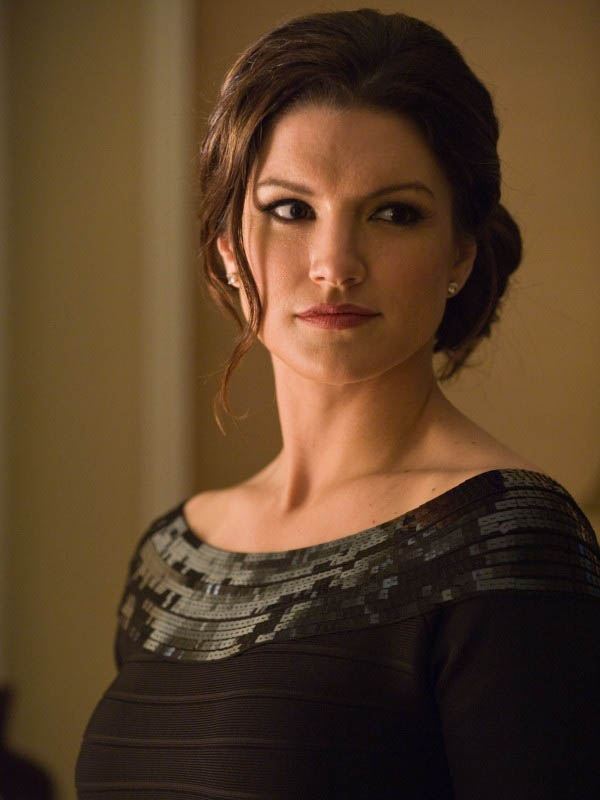Gina Carano sexiest pictures from her hottest photo shoots. (14)